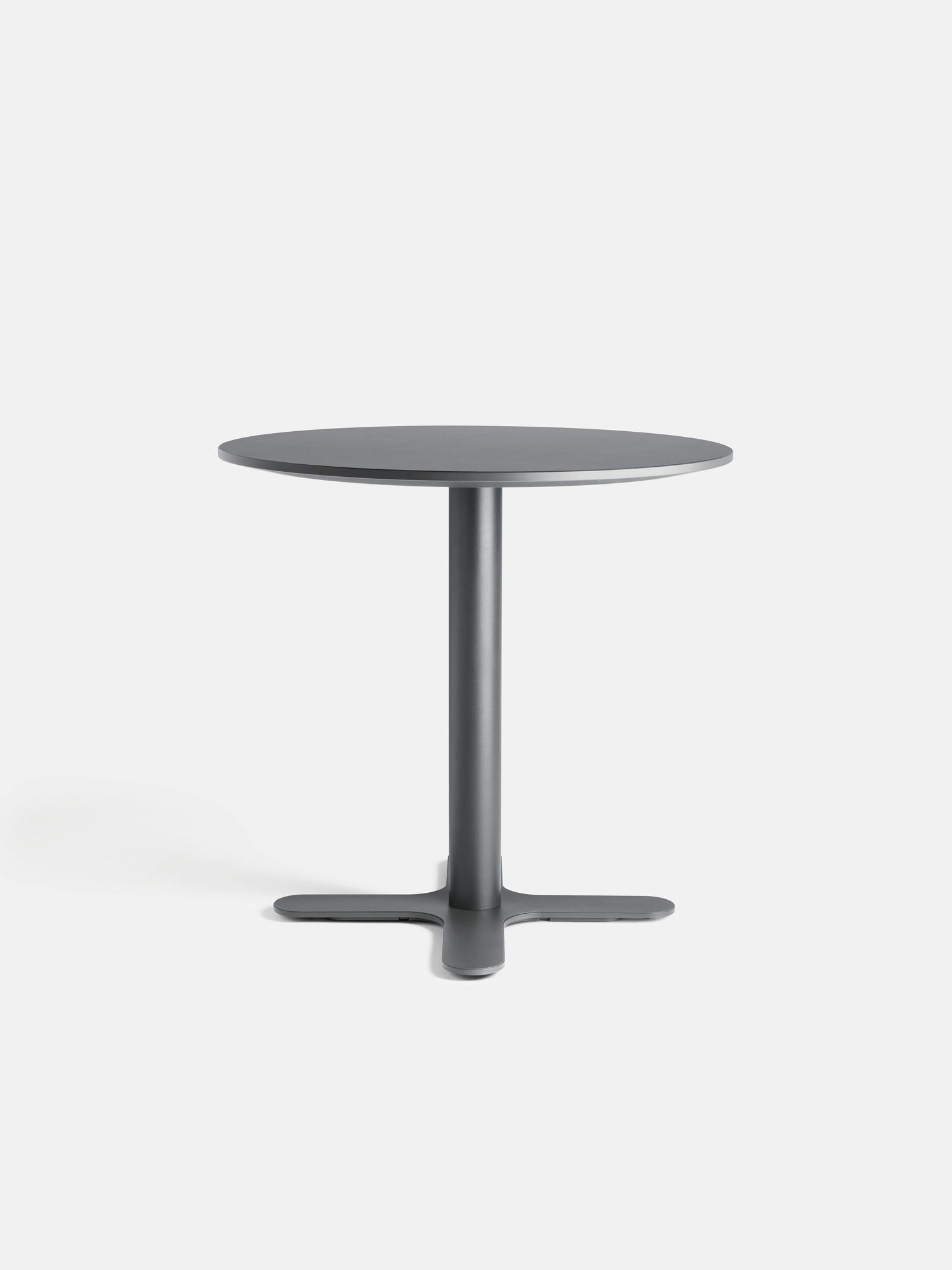 mesami bistro table modern elegance in focus l ffler store english rh loeffler de